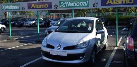 Unser Auto in Schottland … (ver)sicherer als gedacht … Bild © Endl 2007