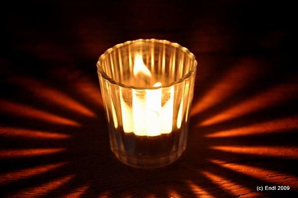 Kerze in Glas